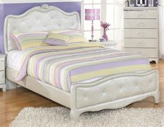 Zarollina Youth Silver Wood Full Panel Bed
