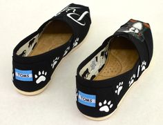 Custom Hand Painted Puppy Dog Shoes - Customizable Get Your Dog Painted On Your Shoes, Perfect For Ever Dog Lover Cute Puppies, Dogs And Puppies, Presents For Dog Lovers, Toddler Converse, Dog Paintings, Children In Need, Converse Sneakers, Dog Names, Training Your Dog