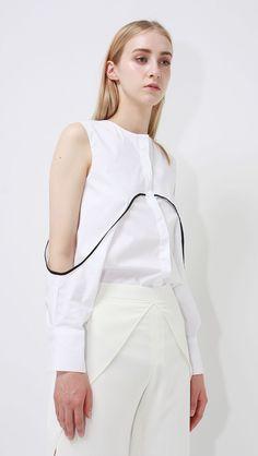 Blouses shirts ladies *a minimal fashion, love fashion, white fashion, fash Fashion Details, Love Fashion, Trendy Fashion, High Fashion, Fashion Show, Fashion Outfits, Womens Fashion, Fashion Trends, Paris Fashion