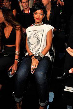 La red carpet de los VMAs 2013: Rihanna