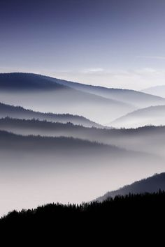 Fog over mountains #photos #nature #beauty #surreality