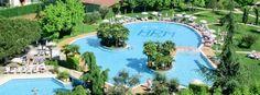 L'Hotel Rêve di Abano Terme è un esclusivo Hotel 4 stelle rinomato per la qualità dei suoi servizi e per la piscina più estesa della famosa zona termale. Abano Terme · www.hotelreve.com