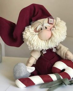 Father Christmas - from Lakeland Christmas Sewing, Christmas Gnome, Father Christmas, Christmas Projects, Diy And Crafts Sewing, Sewing Projects, Craft Projects, Christmas Crafts, Christmas Decorations