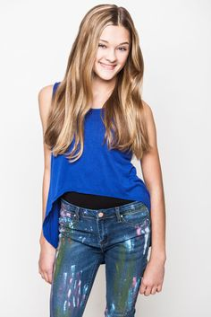 I have to admit my favorite actor in NRDD is Casey Simpson but I like Lizzy Greene too.