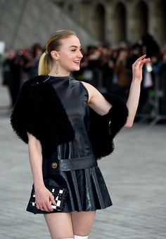 Sophie Turner arriving at the Louis Vuitton Show, PFW