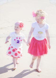 © Heidi Hope Photography #photographer #photography #portrait #baby #beach #family #sisters