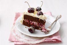 Suklainen kirsikkakakku - chocolate-y cherry cake - recipe in Finnish Cherry Cake Recipe, Fruit Bread, Baked Donuts, Little Cakes, Trifle, Coffee Cake, Tiramisu, Cake Recipes, Chocolate