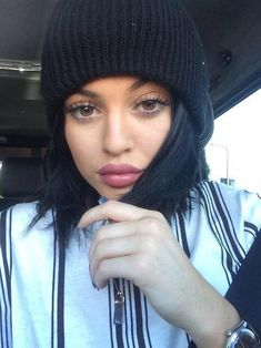 """Find and save images from the """"Kardashian/Jenner💄💋❤️"""" collection by Blissey (Blissey) on We Heart It, your everyday app to get lost in what you love. Kylie Jenner 2014, Style Kylie Jenner, Nails Kylie Jenner, Kylie Jenner Outfits, Kylie Lips, Kim Kardashian, Baddie, Selfies, Estilo Jenner"""