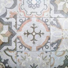 Rustic |  #vsco #vscocam #vscocambrasil #brasil #azulejos #azul #portugal #tiles #blue #dspattern #dscolor #tileaddiction #arte #art #tilelove #tuile #tuileries #tegel #plitka #igers #plakakia #igersbrasil #rajoles #artlovers #artoftheday #achadosdasemana #rustic #ihavethisthingwithtiles #ihavethisthingwithfloors by evelinchicarolli