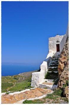 Profitis Elias chapel in Patmos, Greece Mykonos, Santorini Villas, Beautiful Islands, Beautiful Beaches, Rhodes, Go Greek, Secret Location, Greece Islands, Heaven On Earth