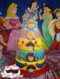 Bolo Princesas Disney Larissa