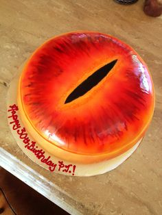 The Lord of the Rings - Eye of Sauron cake by Randi