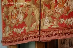 Fabulous step-by-step instructions for making a pleated board mounted valance