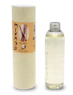 Otra de las novedades es el recambio de mikado con olor a flor blanca, de Boles D'olor