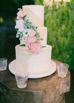 Sophisticated and Fun Purple Rustic Garden Wedding Wedding Cake Photos, Wedding Cakes, Wedding Blog, Wedding Reception, Reception Ideas, Rustic Garden Wedding, Royalty, Purple, Fun