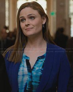 Brennan's blue and black printed split neck blouse on Bones.  Outfit Details: http://wornontv.net/32707/ #Bones
