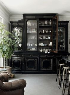 A Healthy Dose Of Drama Kitchens That Use Antique Furniture In Lieu Wall Hung Cabinets