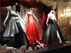 Haute Couture Holiday Displays - Printemps Christmas Windows Bring Luxe to the Holidays with Dior (GALLERY)