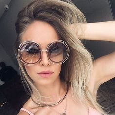 Stylish Sunglasses, Round Sunglasses, Chloe, Vintage Style, Vintage Fashion, You Look Stunning, Women's Accessories, Eyewear, Shades