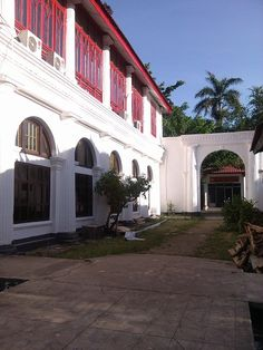 .Governor General Palembang's house