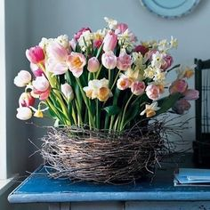 soon... @horschinteriors #onflowerstyle #spring #floral #tulips