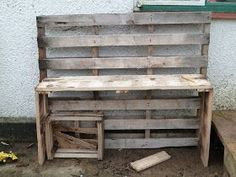 Forest Tots: Making a DIY mud kitchen (for free!)