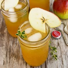 Apple Sangria with Bourbon and Thyme