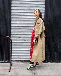 """좋아요 14.9천개, 댓글 110개 - Instagram의 Man Repeller(@manrepeller)님: """"@leandramcohen trades in outfit ideas instead of commodities, which explains why she is wearing a…"""""""