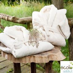 EcoloAddict, le linge 100% BIO Brand Collection, Coton Bio, Bow Sneakers, Garden Sculpture, Luxury, Gifts, Letter, News, Bamboo