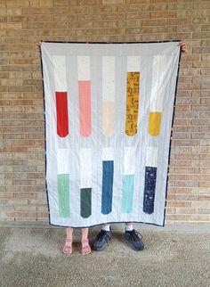 Supernova Test Tubes Quilt Tutorial by Heidi Staples of Fabric Mutt Strip Quilts, Boy Quilts, Mini Quilts, Quilt Blocks, Boys Quilt Patterns, Cute Posts, Quilt Bedding, Quilt Tutorials, Test Tubes