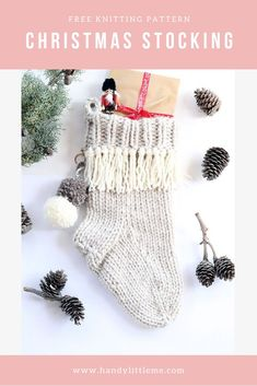 Christmas stocking pattern - Make a chunky knit Christmas stocking with this free knitting pattern. Complete with tassels and pom poms. #Christmas #christmasstocking #knitting #knittingpatterns #chunkyknit