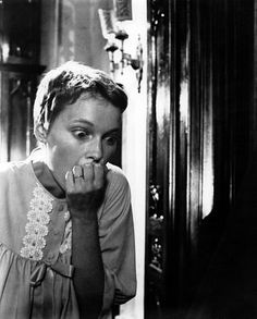 The World Breaks Everyone: Classic Horror Film Rosemary's Baby ( by Alexandria Szeman, via The Alexandria Papers (photo: B&W still of Mia Farrow, Rosemary's Baby ©) Best Horror Movies, Classic Horror Movies, Scary Movies, Horror Films, Funny Horror, Illuminati, Rosemary's Baby, Mia Farrow, Roman Polanski