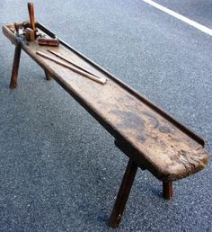 19th century sailmaker bench. Equipped with 10 original hand tools.