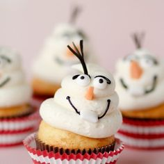 Disney's Frozen Movie Cupcakes: Olaf! Movie Cupcakes, Cupcake Cakes, Frozen Cupcakes, Snowman Cupcakes, Frozen Cake, Olaf Cake, Disney Cupcakes, Party Cupcakes, Treats