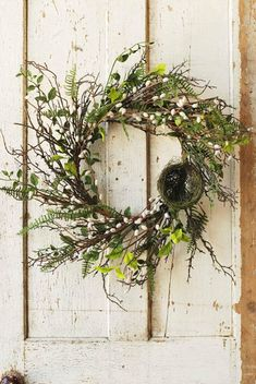 Spring Front Door Wreaths, Fall Wreaths, Greenery Wreath, Floral Wreath, Country Wreaths, Country Crafts, Flower Arrangements Simple, Country Farmhouse, Farmhouse Decor