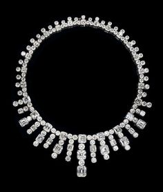 LEVIEV Diamond Necklace totaling 180 carats, handcrafted in platinum