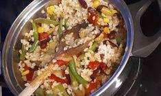 A legegyszerűbb zöldséges bulgur recept - Salátagyár Fried Rice, Tacos, Ethnic Recipes, Food, Bulgur, Essen, Nasi Goreng, Yemek, Stir Fry Rice