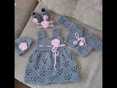 Grey&pink crocheted set