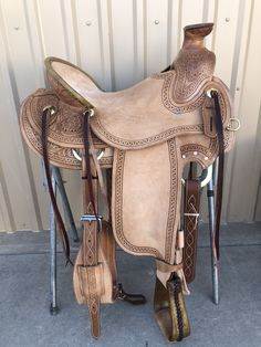 Started the Head: The Rider Safety helmet - Equestrian Best Tips Wade Saddles, Horse Saddles, Horse Tack, Western Saddles, Western Saddle Pads, Roping Saddles, Horse Halters, Western Tack, Horse Gear