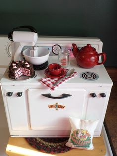 """Vintage Toy Kitchen -""""Little Chef"""" Stove LOADED w/Sweetness!- Byers Choice Acces"""
