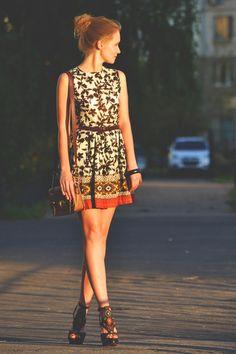 Anna — Босоножки Steve Madden, Сумка River Island, Платье Jiglys