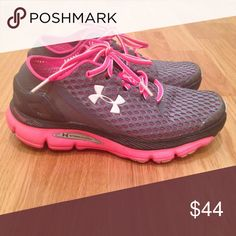 buy online 7c0d4 e6567 Under Armour sneakers UA Speedform Gemini running sneakers. Gently worn.  Grey and pink with