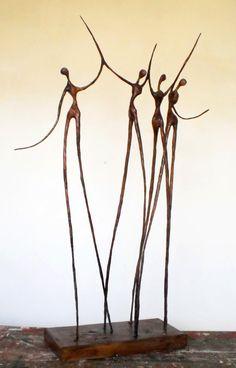 Sculpture Metal, Wire Tree Sculpture, Modern Sculpture, Proportion Art, Easy Art For Kids, Metal Art Projects, Plastic Art, Welding Art, Wire Art