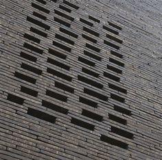 Facing product is the Wienerberger Terca Wasserstrich Special Zwart // Noir facing brick.