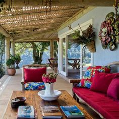 Brazilian ethnic interior decorating ideas bring floral designs and traditional motifs, bright colors and bold contrasts, reflecting the spirit and character of this dynamic South American country. Country home decorating is spiced up with handmade decor accessories, wood and stone, creating cheerfu