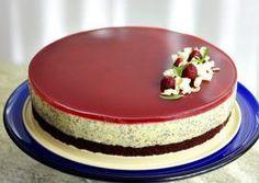 TORT CU MANGO, MAC SI JELEU DE ZMEURA Mango, Cheesecakes, Macarons, Food And Drink, Desserts, Pie, Noel, Food Cakes, Manga