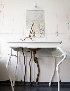 Как закрыть трубы в ванной? | Материалы для отделки ванной