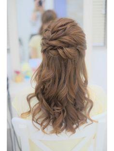 リサ 恵比寿(risa.)編み込みとねじりのふんわりハーフアップ Braided Hairstyles, Cool Hairstyles, Graduation Hairstyles, Cool Hair Color, Weeding, Your Hair, Hair Makeup, Braids, Long Hair Styles