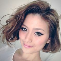 Yoko Kunieda's Short Hair - Light Brown Bob
