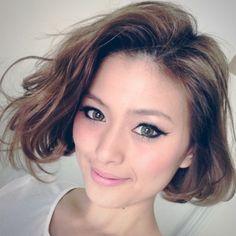 Yoko Kunieda's Short Hair - Light Brown Bob